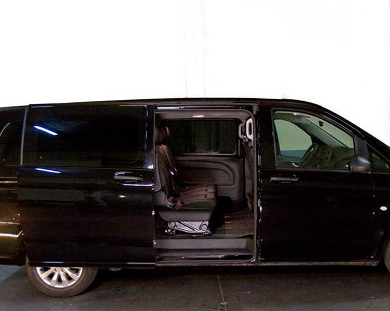 Alquiler de Mercedes Vito con conductor